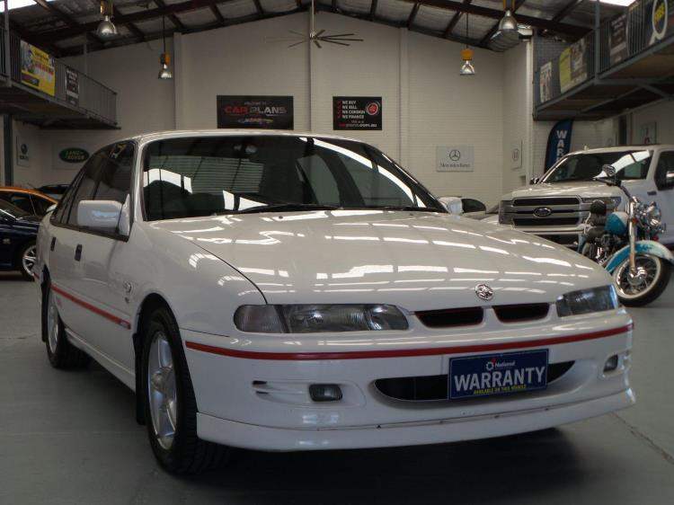 1995 HOLDEN COMMODORE 4D SEDAN SS VS